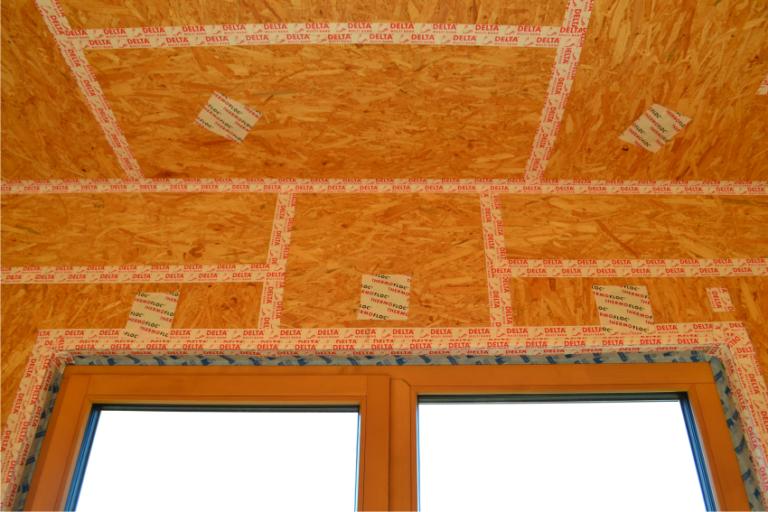 dom k dokončeniu OSB doska preklad okno
